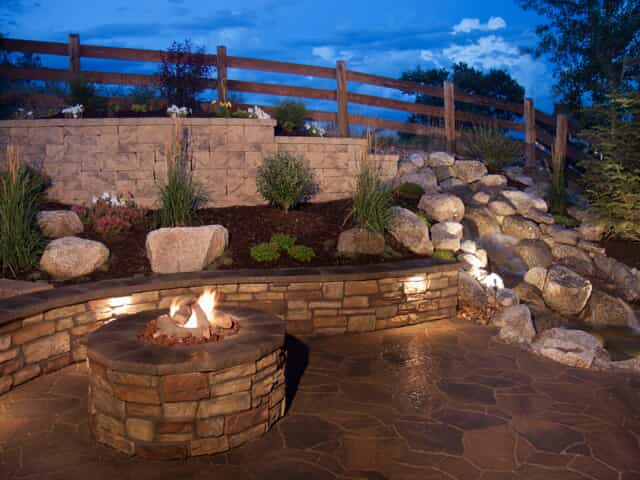 hardscape lights with fire pit